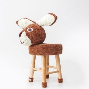 makuka - háčkovaná taburetka zajac